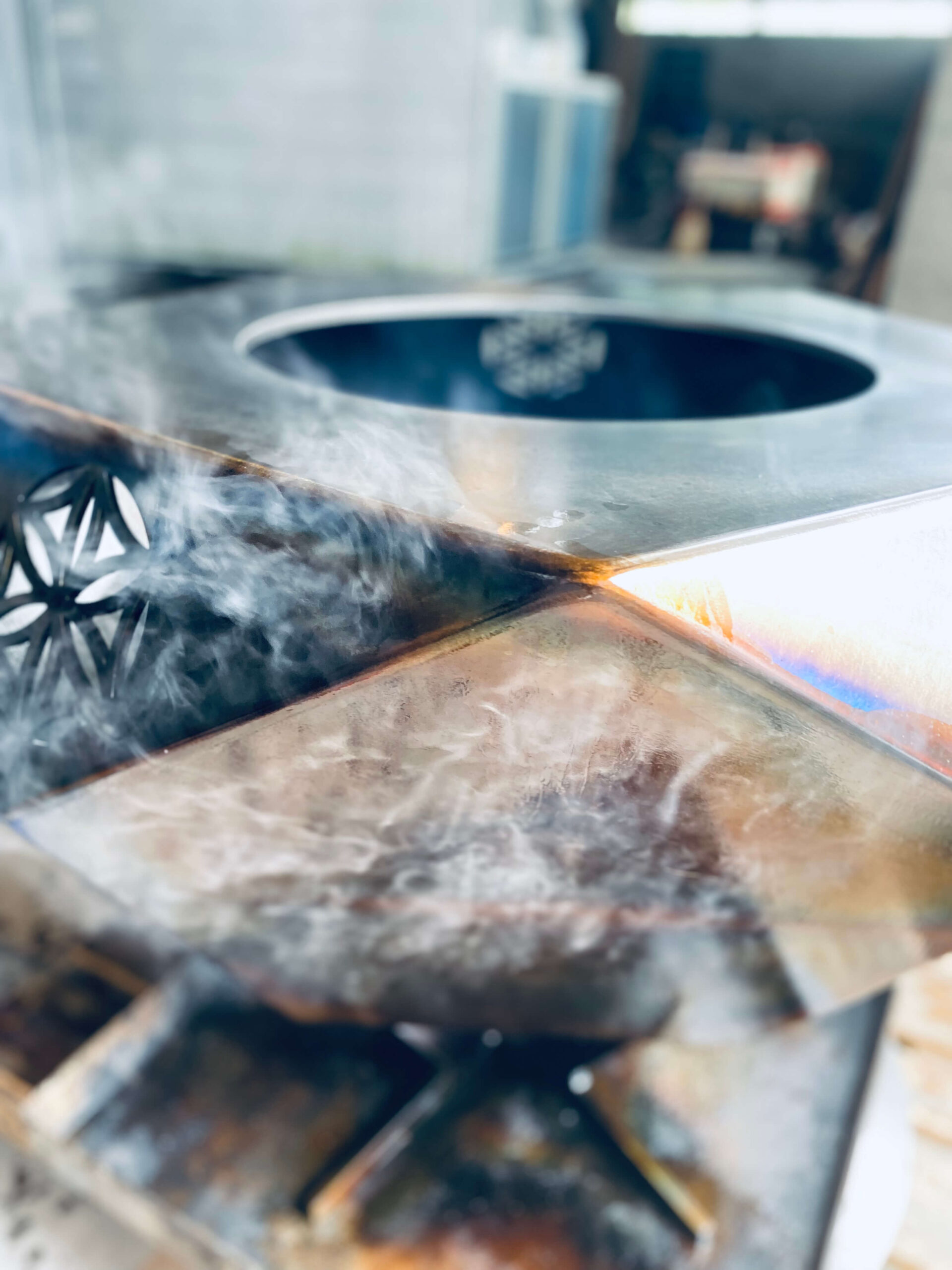 STAHL ATELIER – Magische Momente am offenen Feuer.
